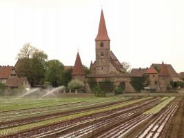 Wehrkirche St. Georg im Knoblauchsland-Ort Kraftshof (Bildnachweis: Keichwa / Wikipedia Commons)